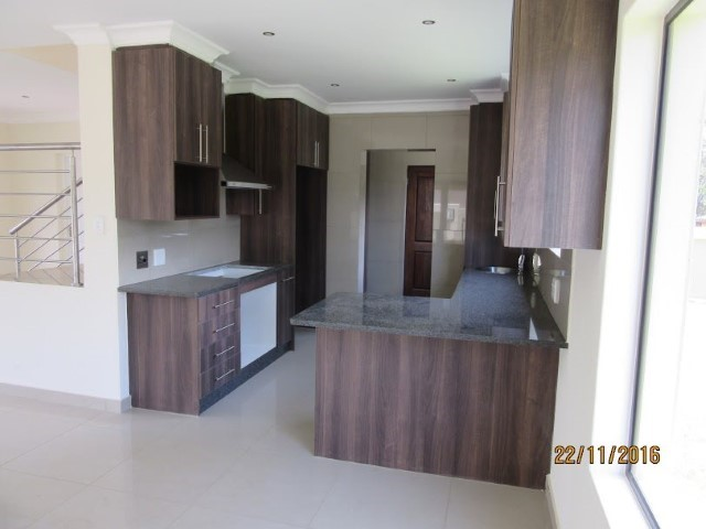 4 Bedroom House for sale in Montana Park & Ext ENT0056798 : photo#7