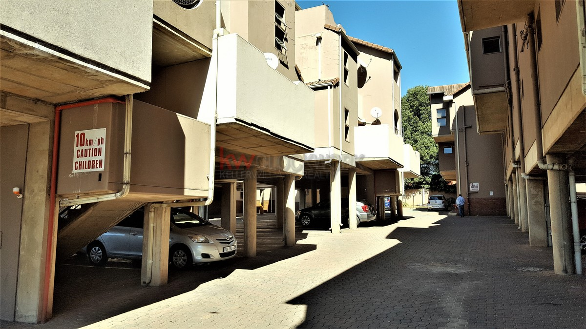 2 Bedroom Townhouse for sale in Glenanda ENT0069447 : photo#0
