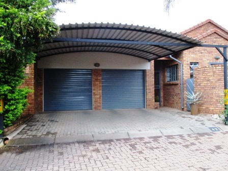 3 Bedroom House for sale in Clubview ENT0023287 : photo#1