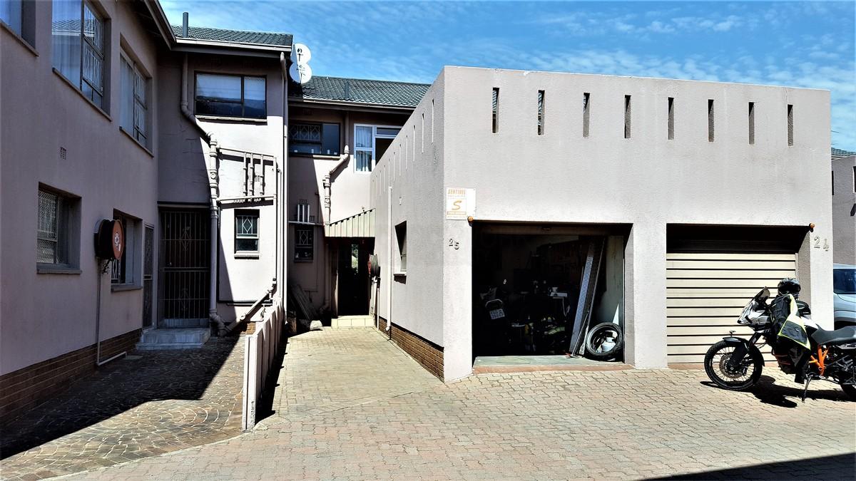 2 BedroomTownhouse For Sale In Brackenhurst