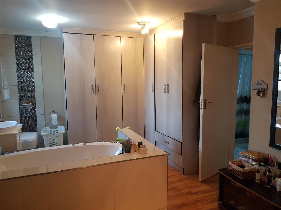 3 Bedroom Townhouse for sale in Equestria ENT0097146 : photo#14