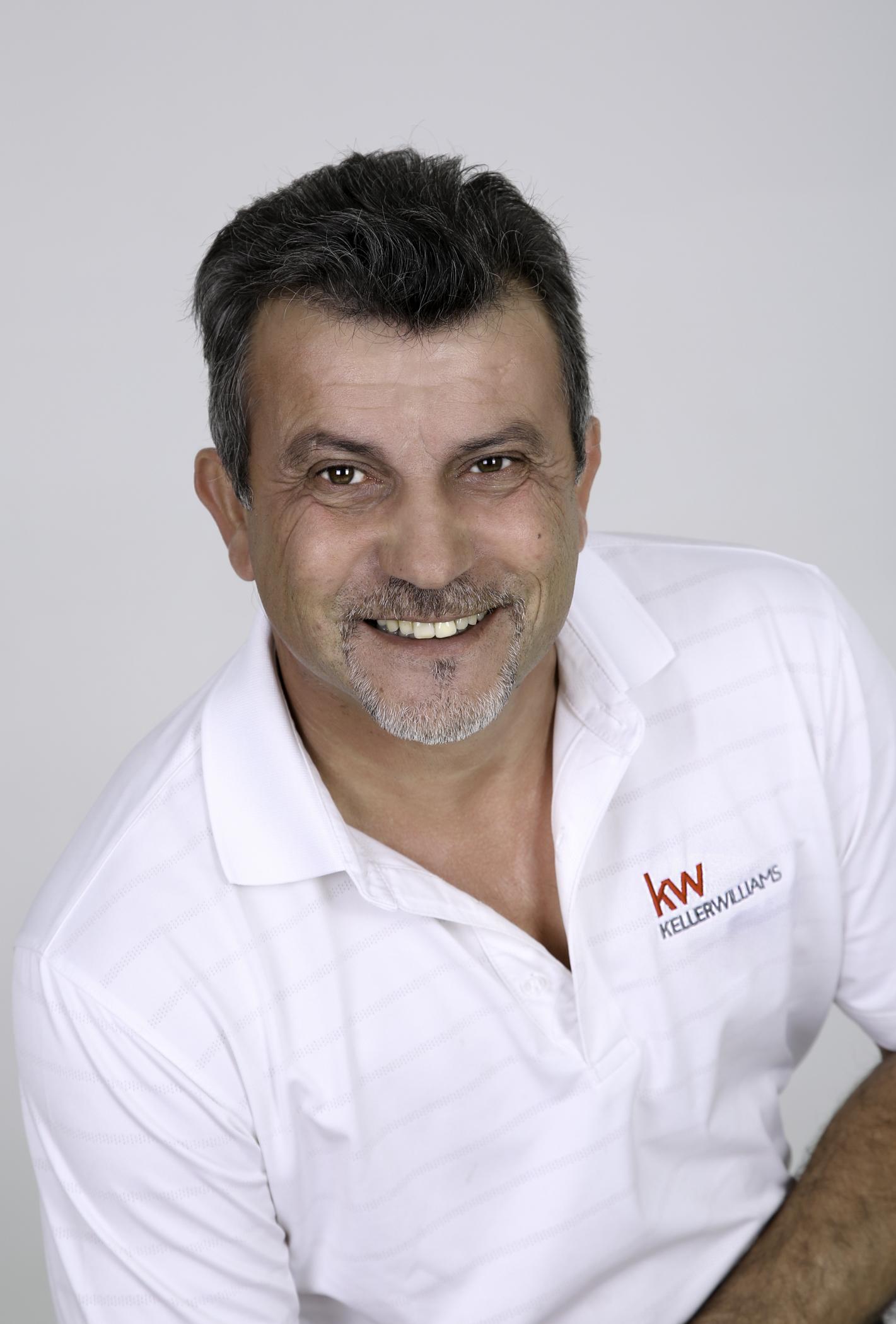 Real Estate Agent - Manuel Laranjeira