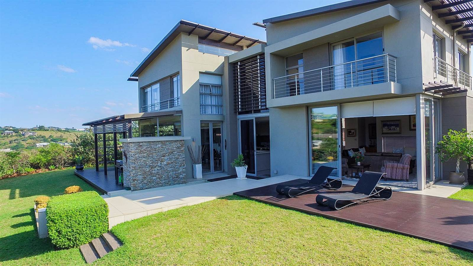 5 Bedroom House For Sale in Simbithi Estate