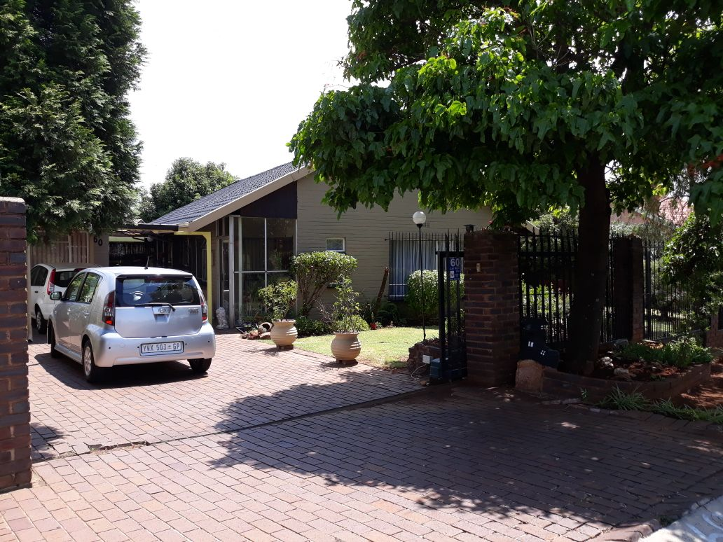 3 Bedroom House for sale in South Crest ENT0083489 : photo#2