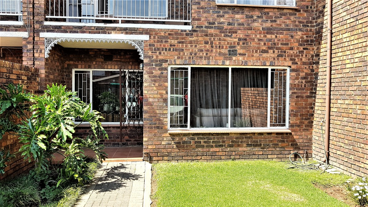 3 BedroomTownhouse For Sale In Brackenhurst