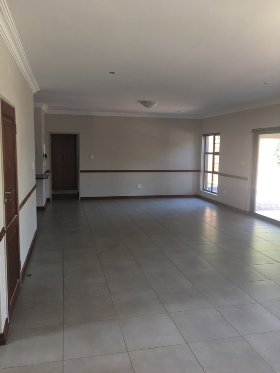 4 Bedroom House to rent in Waterkloof Ridge ENT0016732 : photo#19