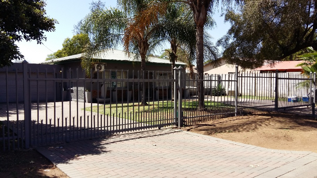 3 BedroomHouse For Sale In Brits Central