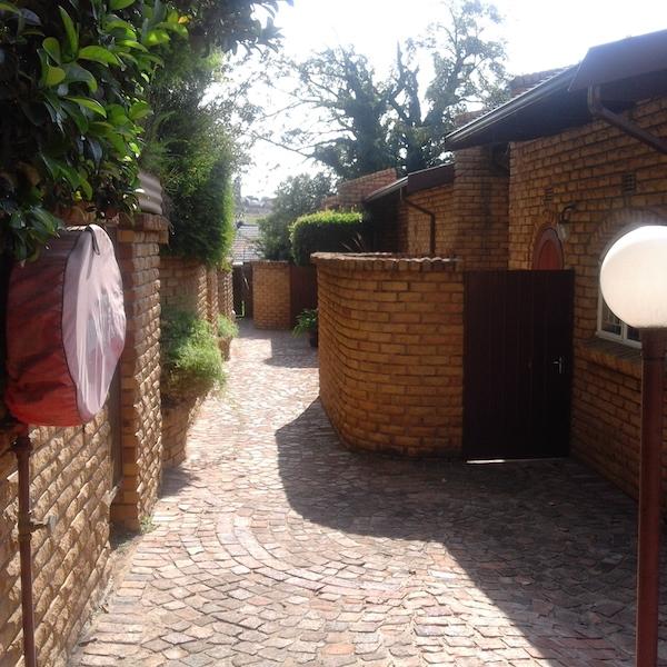 1 BedroomTownhouse To Rent In Corlett Gardens