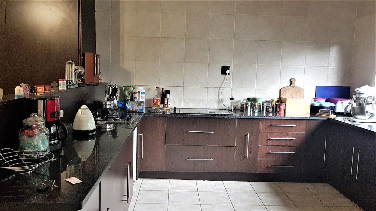 3 Bedroom House for sale in Verwoerdpark ENT0087064 : photo#12