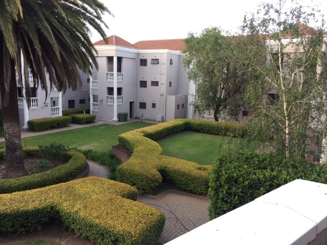 2 Bedroom Apartment for sale in Sandown ENT0081480 : photo#0