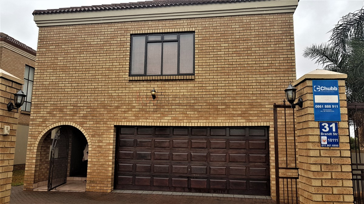 3 Bedroom House for sale in South Crest ENT0086991 : photo#1