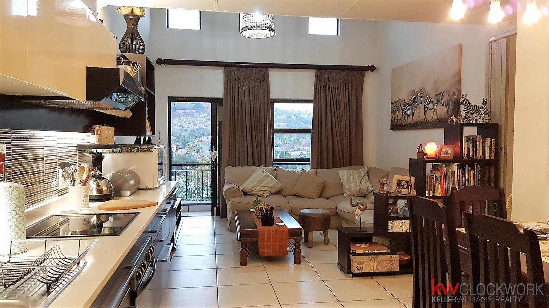 2 BedroomTownhouse For Sale In Glenvista