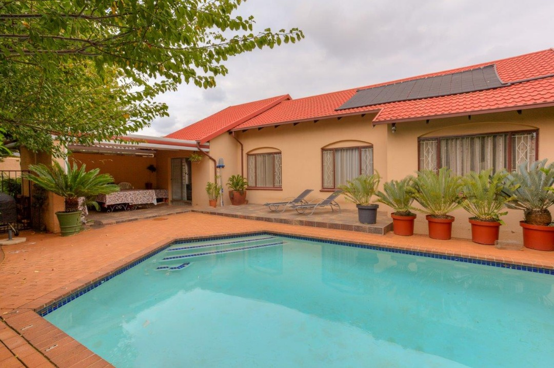 3 bedroom house in Allens Nek
