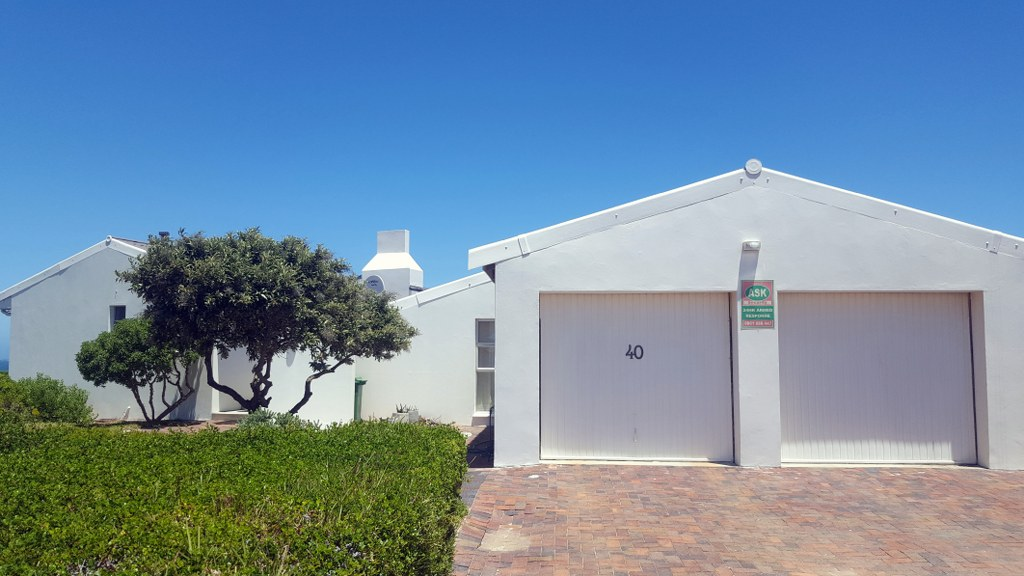 3 Bedroom House for sale in Pringle Bay ENT0079949 : photo#0