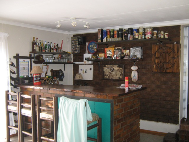 4 BedroomHouse For Sale In Estera