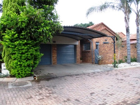 3 Bedroom House for sale in Clubview ENT0023287 : photo#0