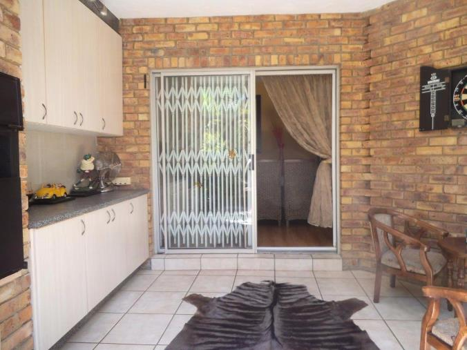 3 Bedroom Townhouse for sale in New Redruth ENT0070589 : photo#6