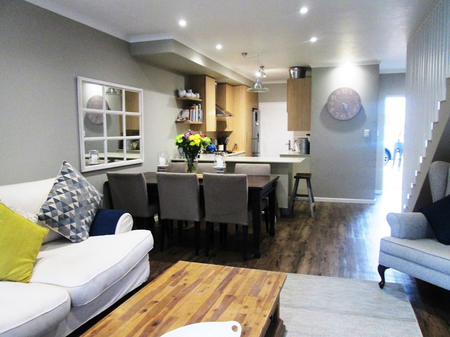 2 BedroomTownhouse For Sale In Bryanston