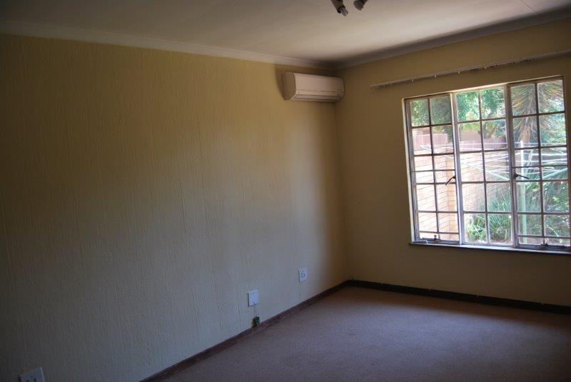2 Bedroom Townhouse sold in Clubview ENT0067689 : photo#12