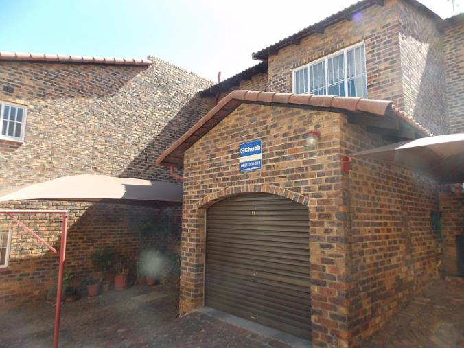 3 Bedroom Townhouse for sale in Ridgeway ENT0055258 : photo#1