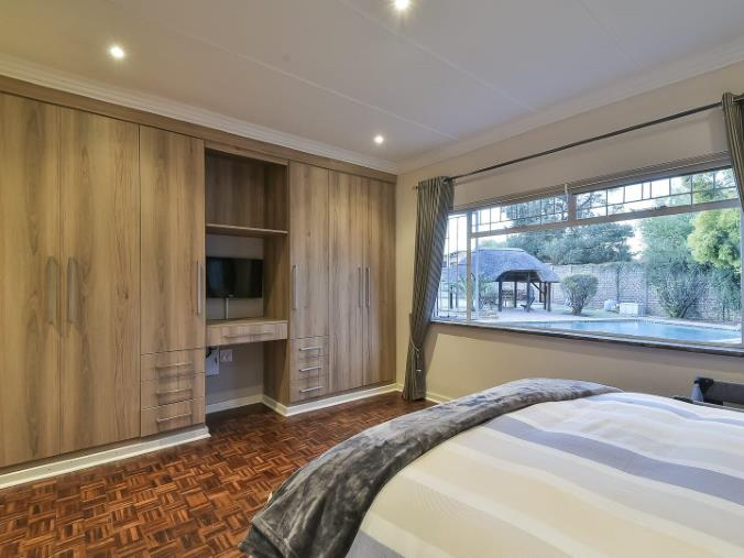 4 Bedroom House for sale in Randhart ENT0074524 : photo#5