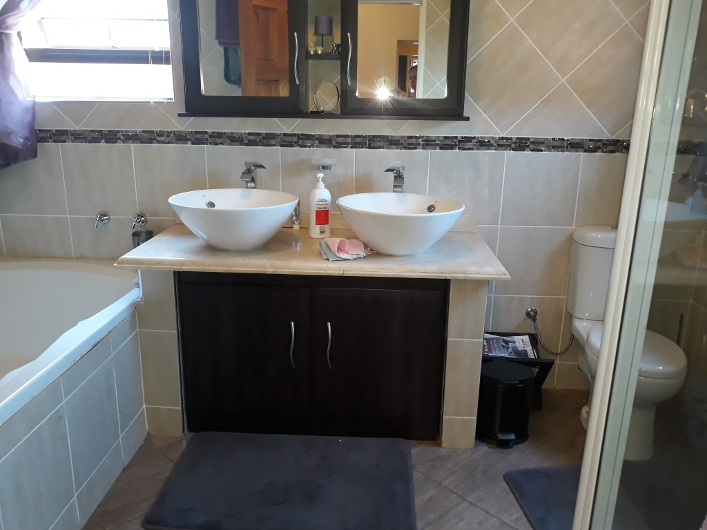 4 Bedroom House for sale in South Crest ENT0074549 : photo#20