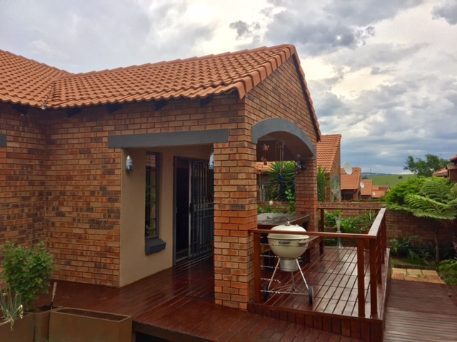 3 Bedroom Townhouse for sale in Mooikloof Ridge ENT0014316 : photo#0