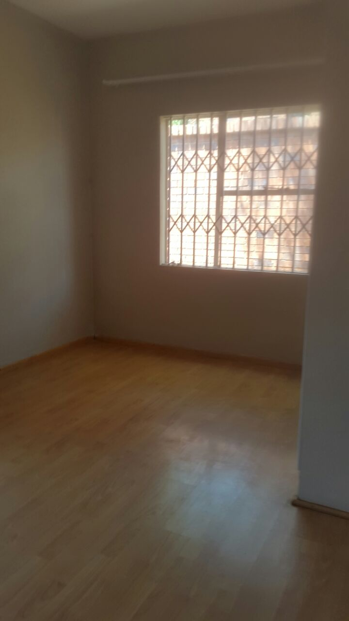 3 Bedroom Townhouse for sale in Glenvista ENT0067822 : photo#5