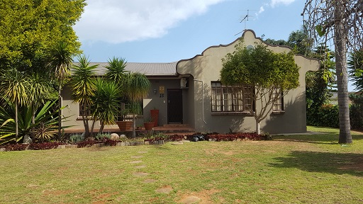 4 BedroomHouse For Sale In Bothasrus