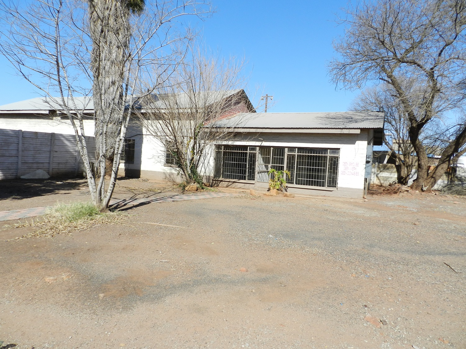 9 BedroomCommercial For Sale In Potch Industria