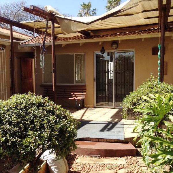 2 BedroomApartment To Rent In Edendale