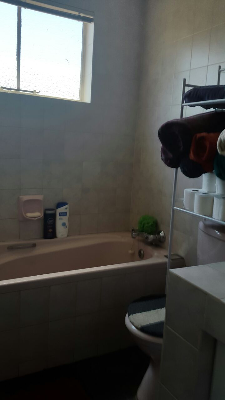 2 Bedroom Townhouse for sale in Ridgeway Ext 4 ENT0078034 : photo#8