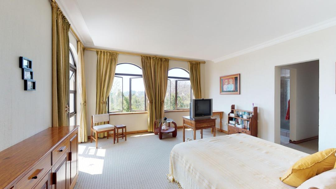 8-Radcliffe-ridge-MASTER-BEDROOM(1).jpeg