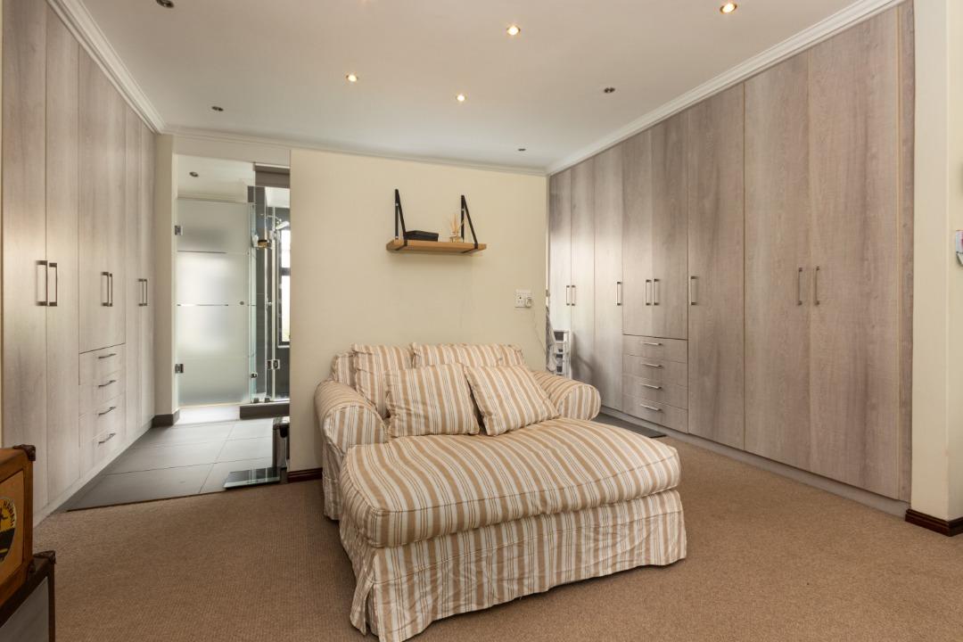 main bedroom leading to en suite .jpeg