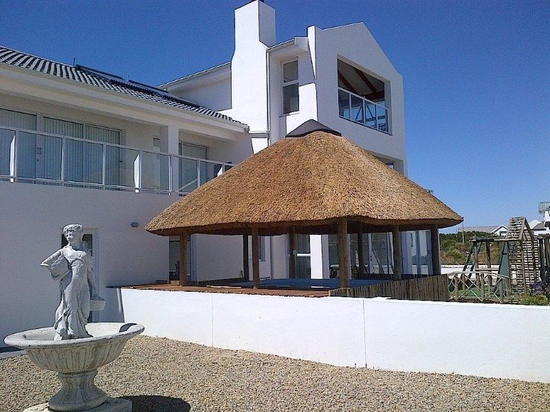 5 BedroomHouse For Sale In Shelley Point