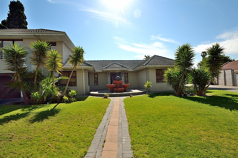 4 BedroomHouse For Sale In Eversdal