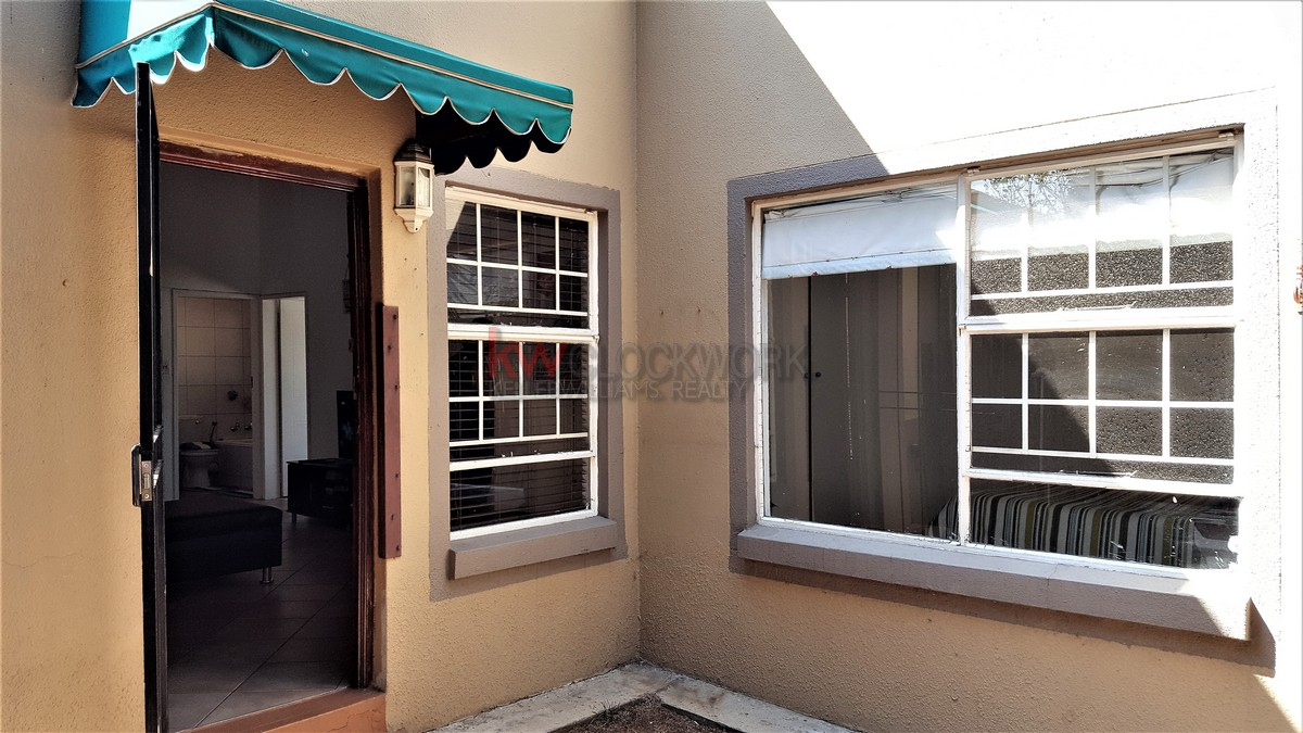 2 BedroomTownhouse For Sale In Meyersdal