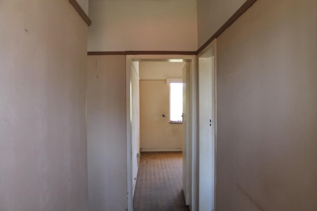 Passage into flat.jpeg
