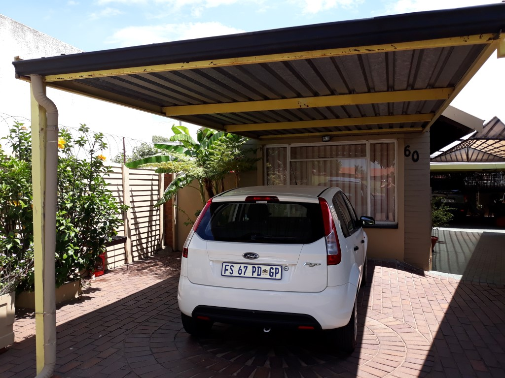 3 Bedroom House for sale in South Crest ENT0083774 : photo#11
