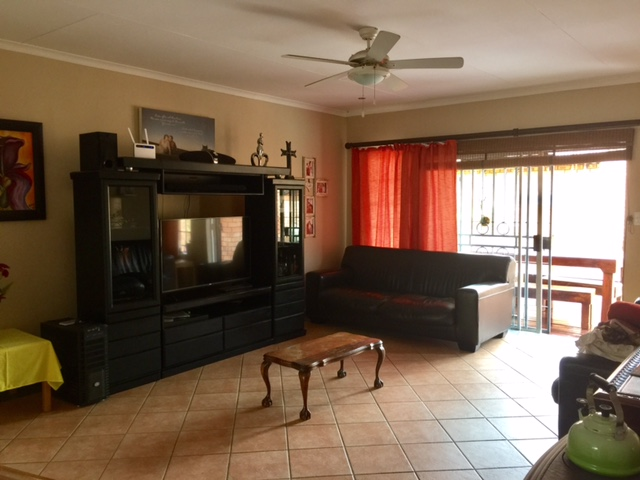 3 Bedroom Townhouse for sale in Mooikloof Ridge ENT0014316 : photo#5