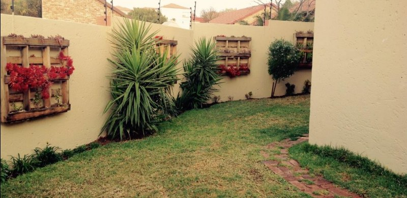 3 Bedroom Duet for sale in Highveld ENT0070592 : photo#10