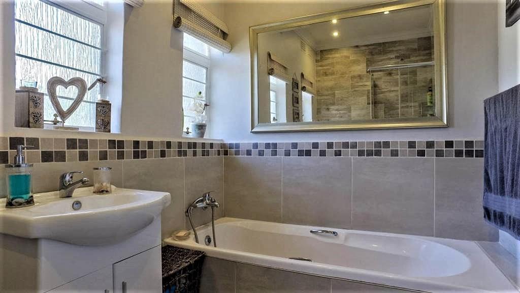 property-5442837-98562827_sd.jpeg