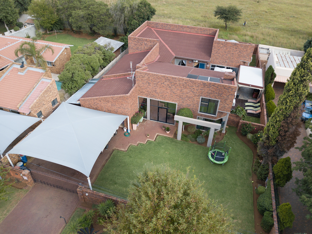 5 BedroomHouse For Sale In Meyersdal