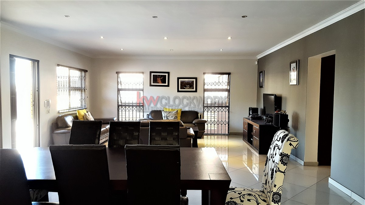 3 Bedroom Townhouse for sale in New Redruth ENT0055405 : photo#7