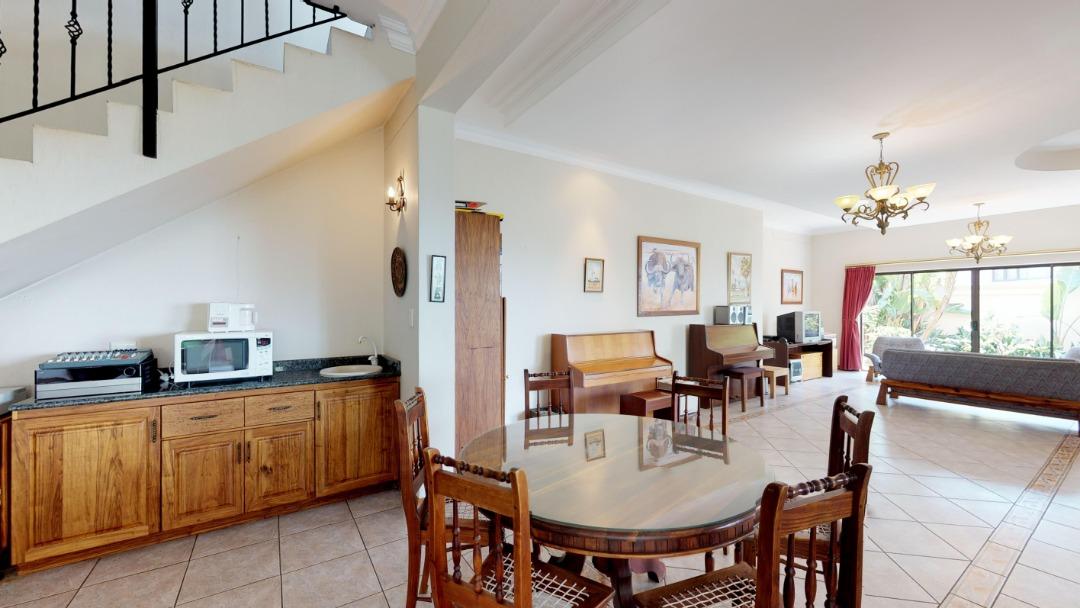8-Radcliffe-ridge-DINING-ROOM.jpeg
