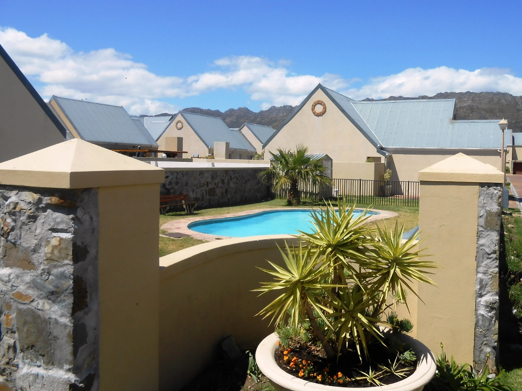 2 BedroomTownhouse For Sale In Gordons Bay