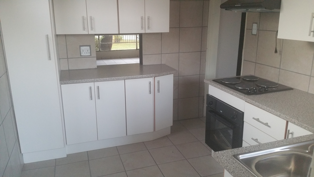 2 BedroomTownhouse For Sale In Middelburg