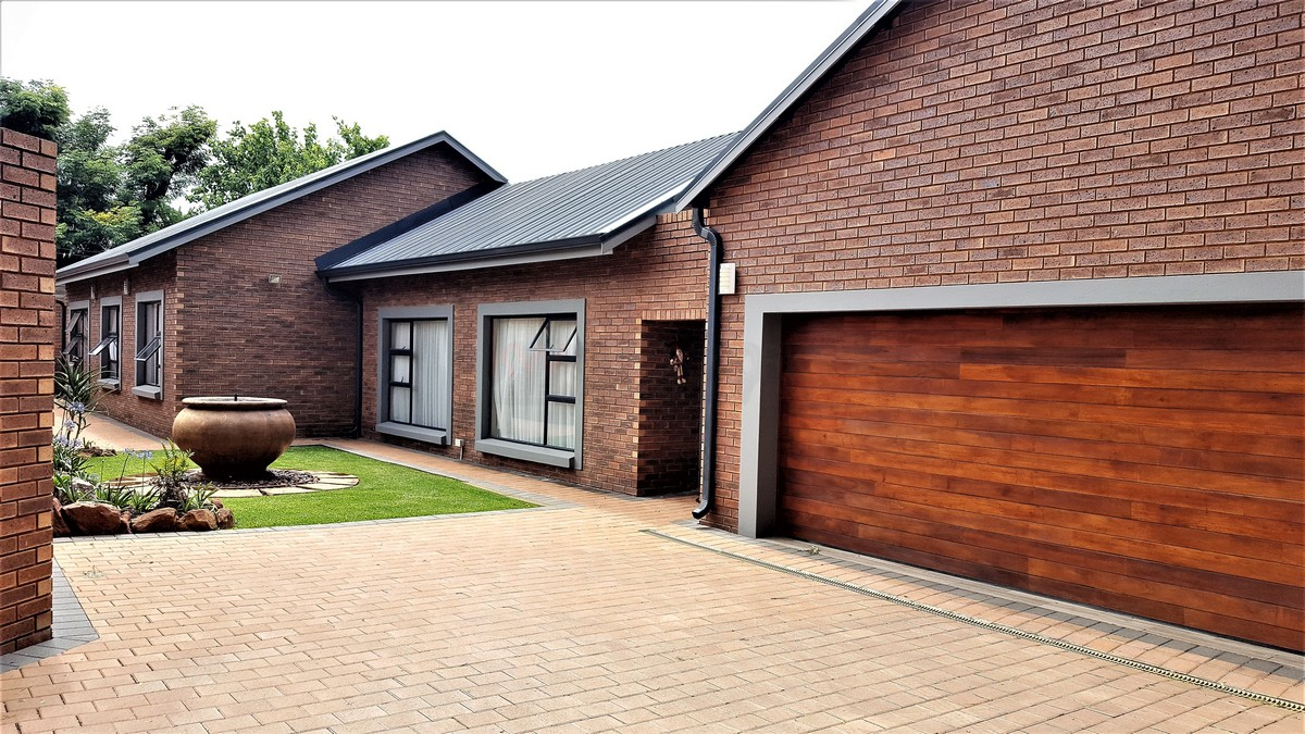 4 Bedroom House for sale in Randhart ENT0080568 : photo#10