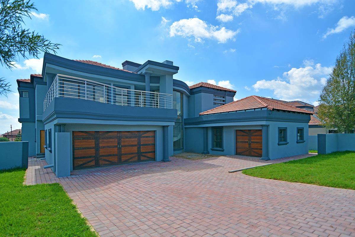 CENTURION Properties from KW Advance