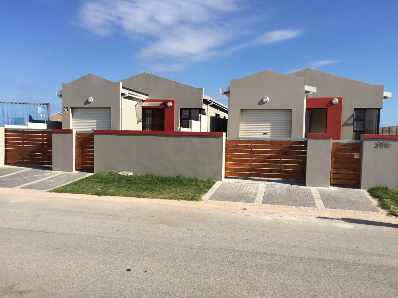 2 BedroomHouse For Sale In Fairview